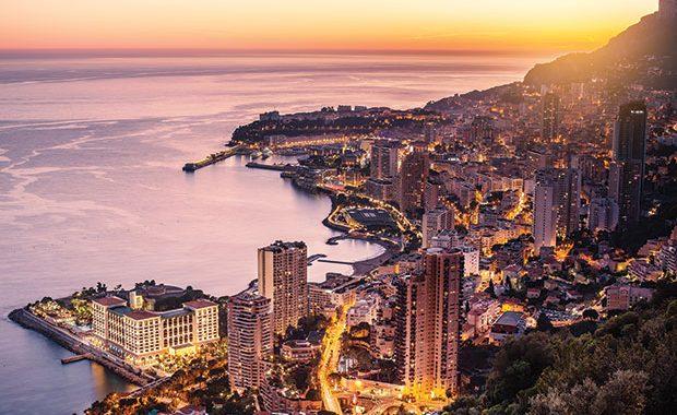 Vista do alto de Mônaco