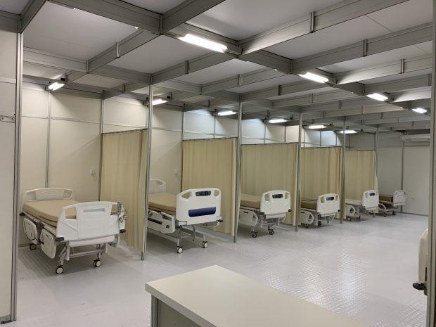 Montadoras de estandes são contratadas para construir hospitais de campanha
