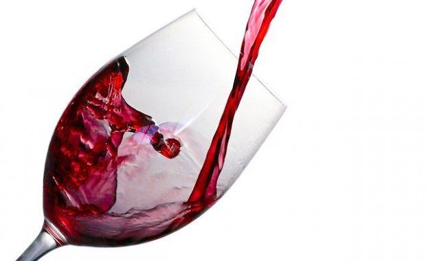 wine-aline-ponce-pixabay