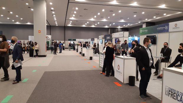 área de exposição na Expo Retomada 2021 em Santos/SP