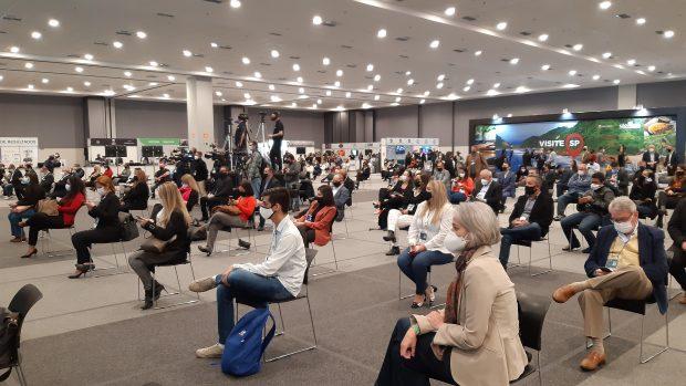 Plateia da EXPO RETOMADA 2021 -  Revista EBS